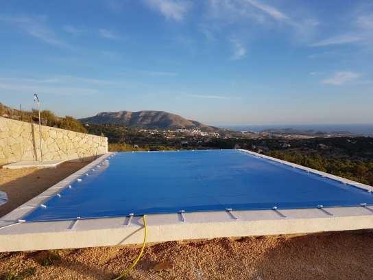 Toldos aitana producto cubierta de piscina - Piscina cubierta alicante ...